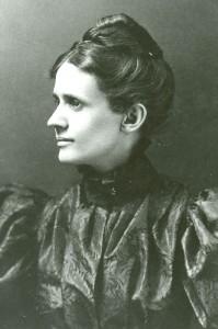 Olive Jones, 1900