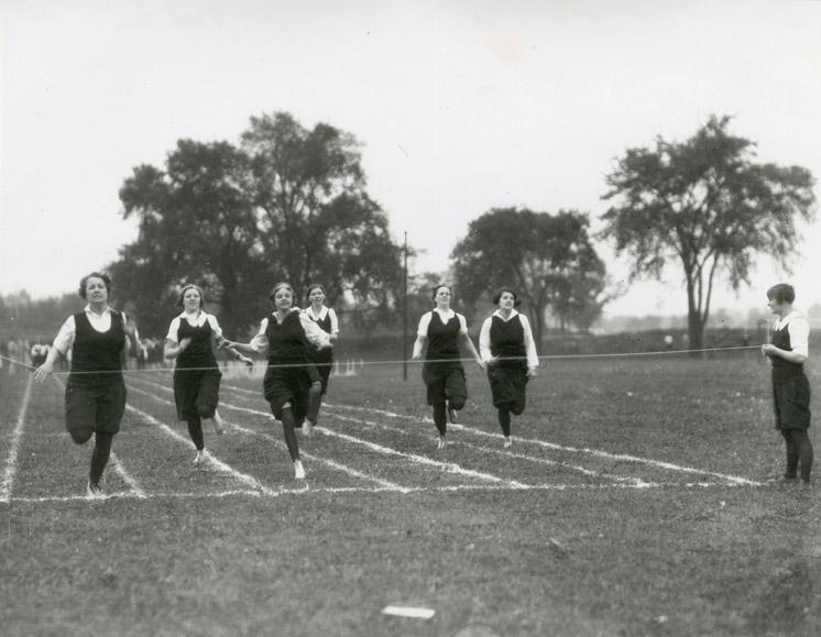 Women's track, 1929