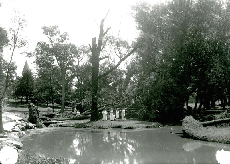 Windstorm damage, 1918