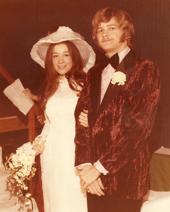 Couple at bridal fair, 1973