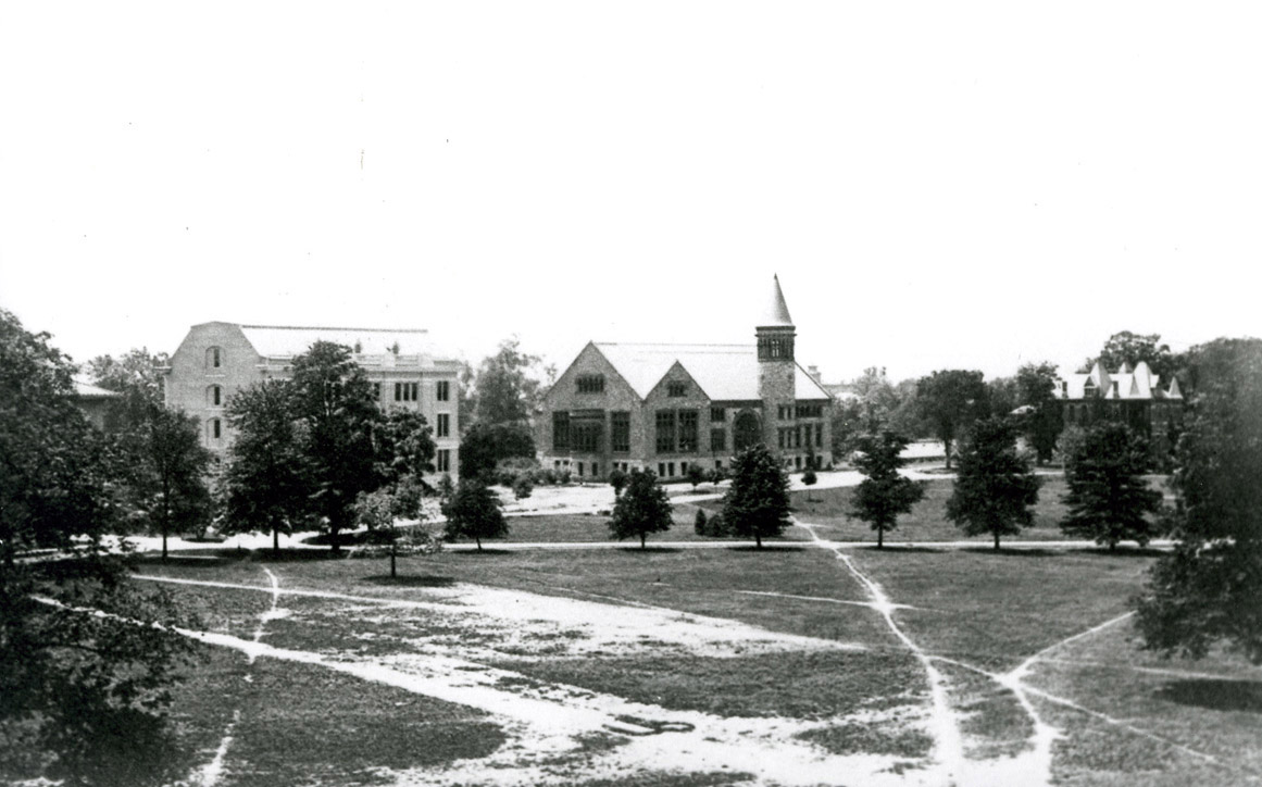 Oval, 1905
