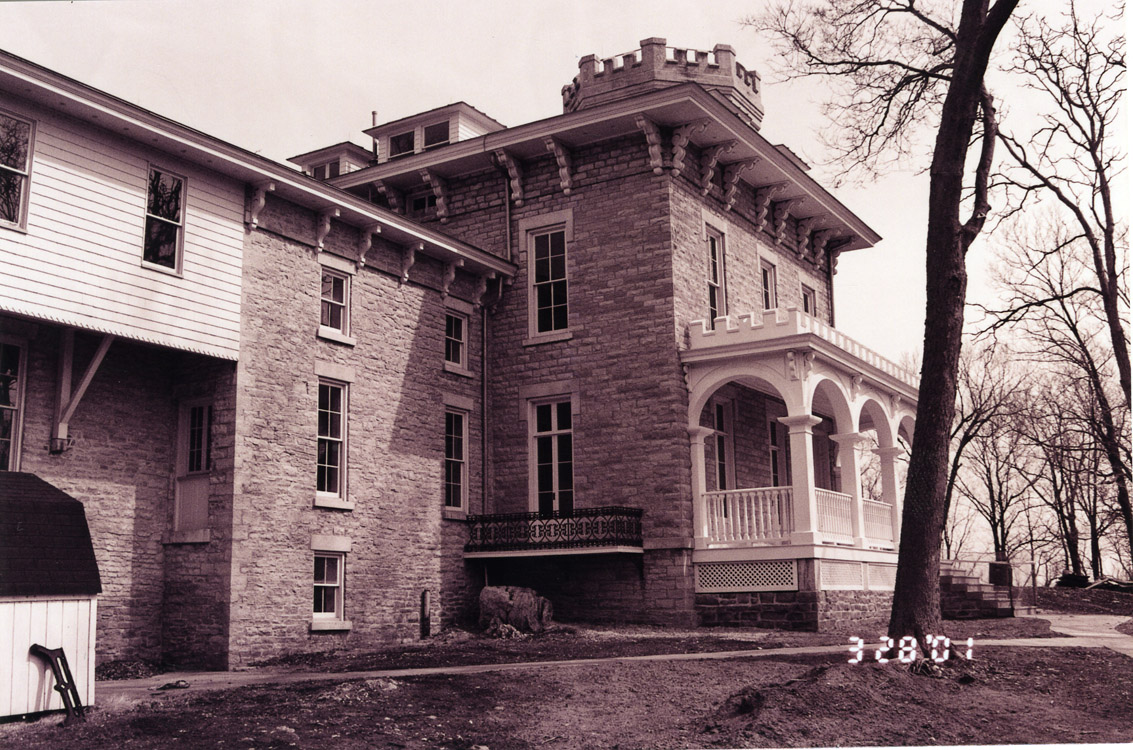 Cooke Castle, 2001